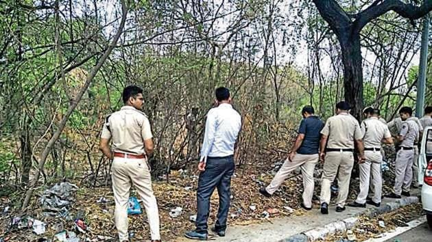 Police search for the weapon used in the crime at Delhi Cantt.(HT Photo)