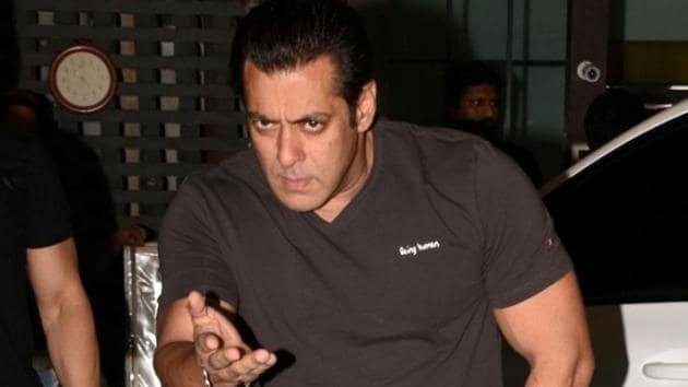 Actor Salman Khan arrives at the Eid party organised by his sister Arpita Khan, in Mumbai.(IANS)