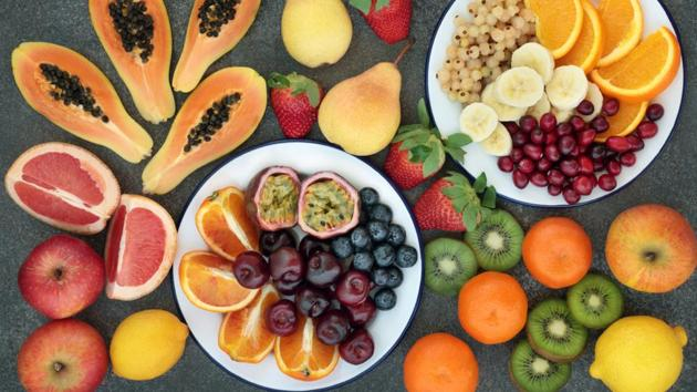 Weight loss diet: Here's how including more fibre to your diet can help you lose weight fast.(Shutterstock)