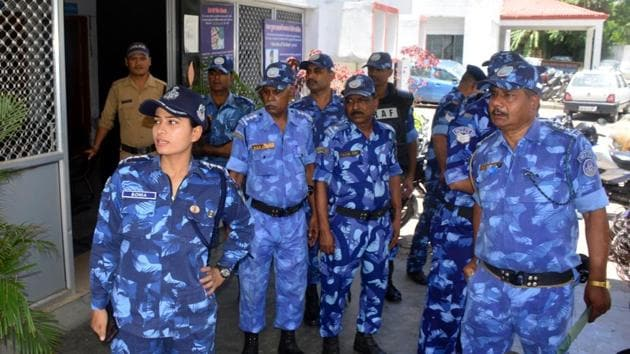 Talking to HT, RAF battalion commander Shailendra Kumar said that a team of 60 RAF personnel will conduct a flag march in all police station areas of Haldwani with focus on communally sensitive areas.(HT PHOTO)