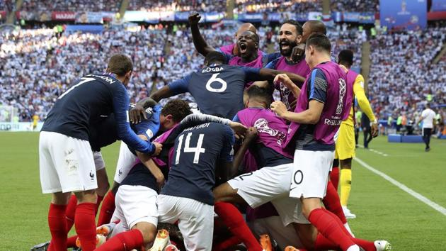 France defeated Argentina to reach the quarterfinals of the FIFA World Cup 2018 in Kazan on Saturday. Get highlights of France vs Argentina FIFA World Cup 2018 Round of 16 match here.(AP)
