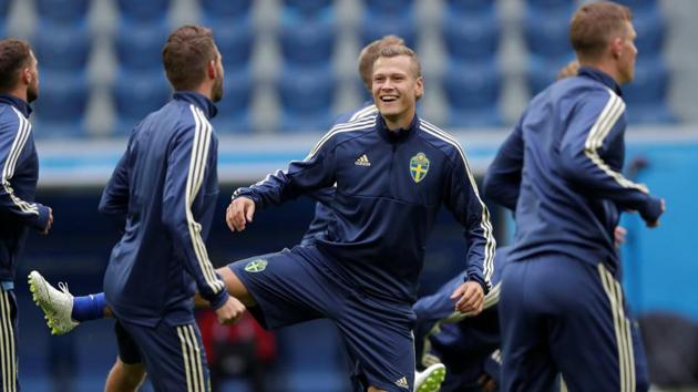 Sweden players train ahead of their FIFA World Cup Round of 16 match against Switzerland at the Saint Petersburg Stadium.(Reuters)