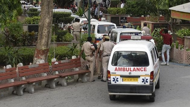 Ambulances carrying the bodies of 11 members of a family at Burari village in Delhi.(Sanchit Khanna/HT File Photo)