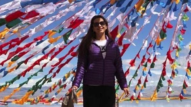 Juhi Chawla under the prayer flags at Lake Mansarovar(Instagram.com)
