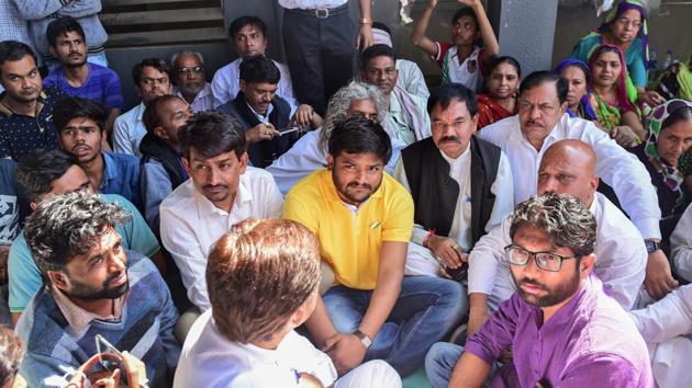 Patidar leader Hardik Patel along with MLA Alpesh Thakor and Jignesh Mevani in Gandhinagar.(PTI File Photo)