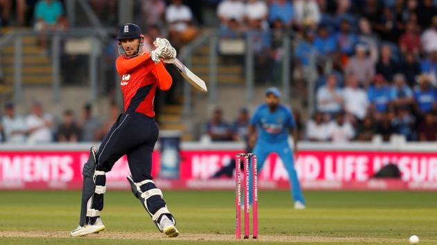 Alex Hales blasted his eighth fifty as England secured a five-wicket win over India in Cardiff to level the three-match series 1-1.(REUTERS)