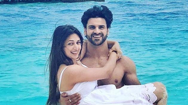 Vivek Dahiya and Divyanka Tripathi in Maldives.(Instagram)
