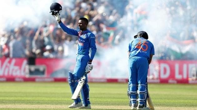 India's Hardik Pandya and Rohit Sharma celebrate victory over England in the third T20 in Bristol.(Reuters)