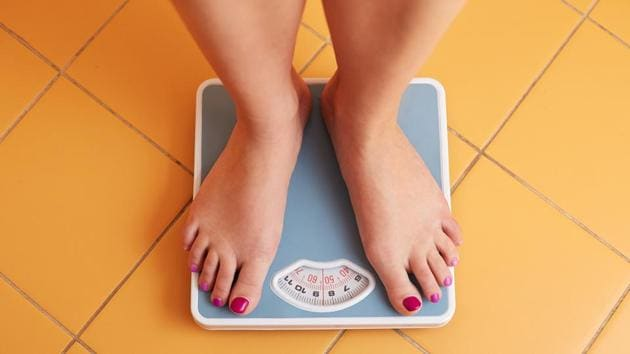 Weight loss plateau: Weighing scale refuses to move? Here's what you can do.(Shutterstock)