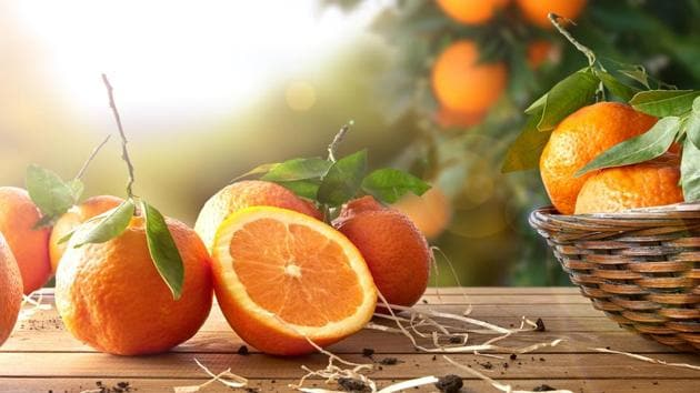 People who ate at least one serving of orange every day had more than a 60% reduced risk of developing late macular degeneration.(Shutterstock)