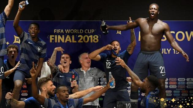 France players interrupt coach Didier Deschamps' press conference after the FIFA World Cup 2018.(Twitter)