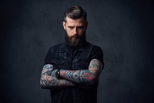 Tattooed hipster(shutterstock)