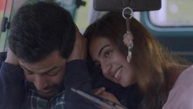 Koode movie review: Prithviraj, Nazriya Nazim starrer is about the between estranged siblings.
