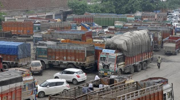 Trucks are seen off road during a strike by transporters, in Ludhiana.(HT Photo/Gurminder Singh)