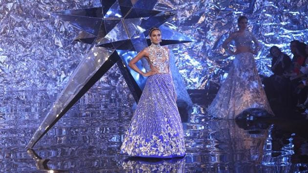Suneet Varma brought a sense of fantasy to the India Couture Week 2018 runway on Friday.(Amal KS/HT Photo)