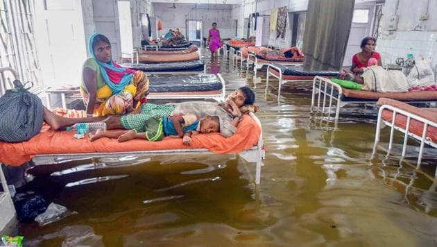 A flooded room inside the Nalanda Medical College and Hospital after heavy rains in Patna on July 28, 2018.(PTI)
