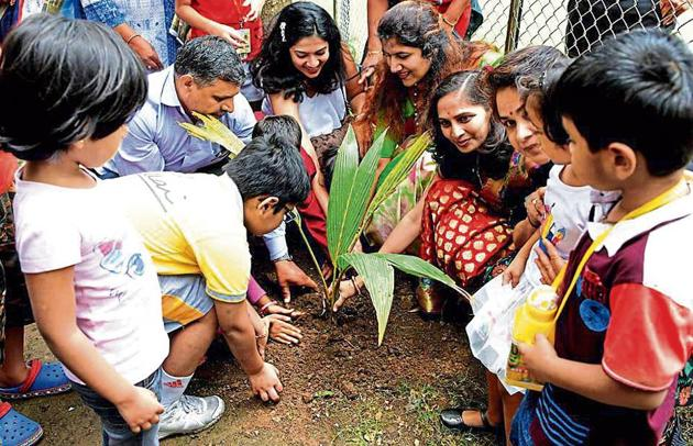 Parents, students participate in the event at Dr Pillai Global Academy, Panvel, on Saturday.(Bachchan Kumar)