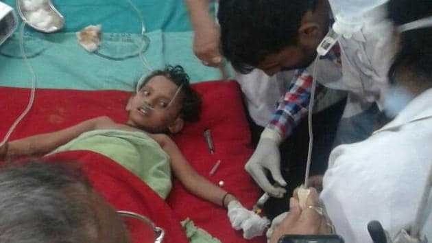 Sana was taken out of the borewell at her grandfather's place at Murgiyachak locality around 9.30pm and rushed to a hospital.(ANI Photo/Twitter)
