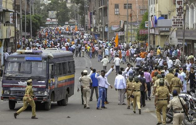 Solapur: Police personnel clash with the Maratha Kranti Morcha protesters during their district bandh called for reservations in jobs and education. While surveys from sources such as National Sample Survey Office (NSSO) give statistics on consumption, employment and asset levels of broad caste groups – Scheduled Caste (SC), Scheduled Tribe (ST), Other Backward Classes (OBC) and others – there is no information at the intra-caste or jati level about these things.(PTI)