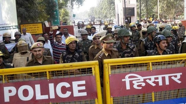 Thirty police officers across Haryana were issued transfer and posting orders on August 3, 2018. (Image used for representational purposes only)(HTFile Photo)