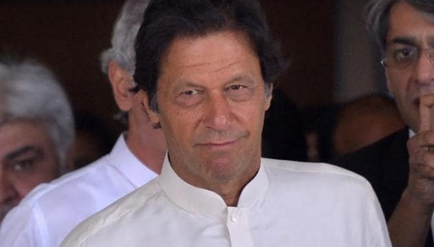 Imran Khan has submitted a written apology and an affidavit to the election commission(AFP)