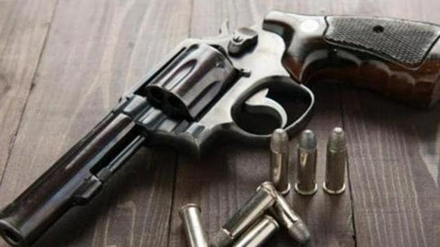 Delhi Police arrested two illegal arms suppliers and recovered 50 pistols and 2 carbines from them. (Representative photo)(Shutterstock Image)
