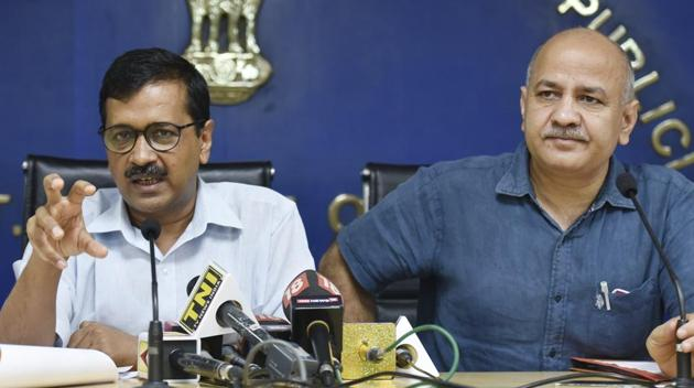 Delhi chief minister Arvind Kejriwal and his deputy Manish Sisodia were charged with planning the conspiracy to assault chief secretary Anshu Prakash by calling him to the CM's residence for a late night meeting.(HT File Photo)