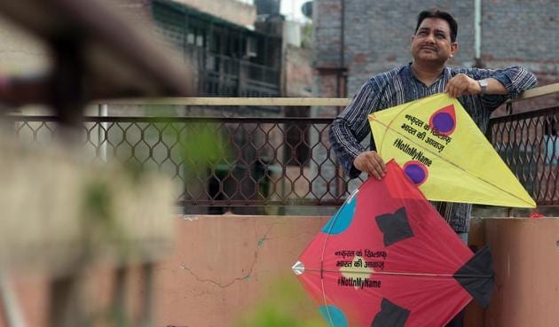Kites with the hashtag #NotInMyName and other slogans promoting communal harmony and peace.(Photo: Shivam Saxena/Hindustan Times)