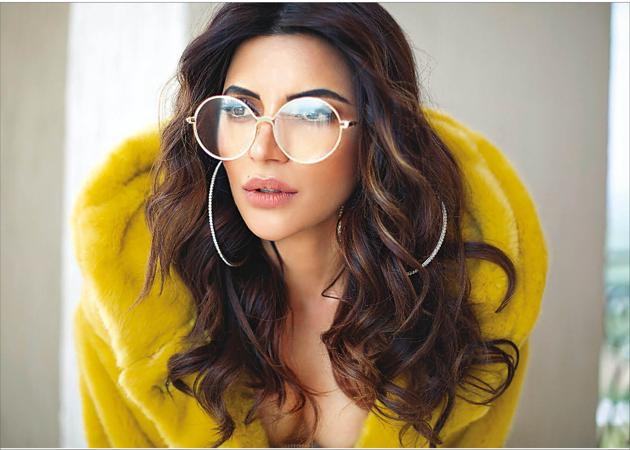 Shama says the lowest point of her life was when depression hit her. Hair by Tabassum. Outfit, Zara; earrings, Forever 21; glasses, Dior(Pranjali Nigudkar)