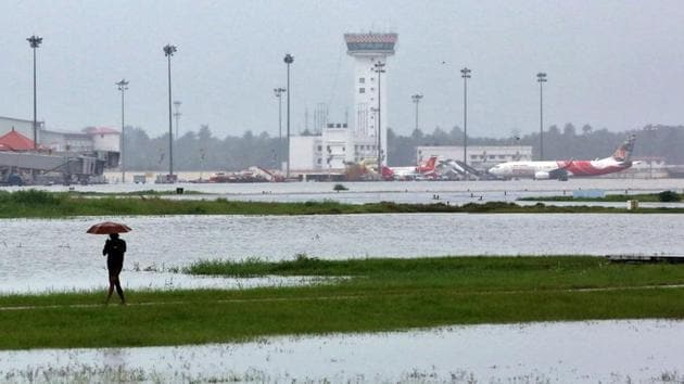 The Kochi airport has been shut till August 26. Three flights will start operate from the Kochi Naval Base airport from August 20. One will fly from Kochi to Coimbatore, two will fly from Kochi to Bengaluru.(Reuters File Photo)