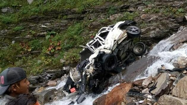 11 people were killed after a car rolled down a hill near Rohtang Pass in Himachal Pradesh.(ANI Photo)