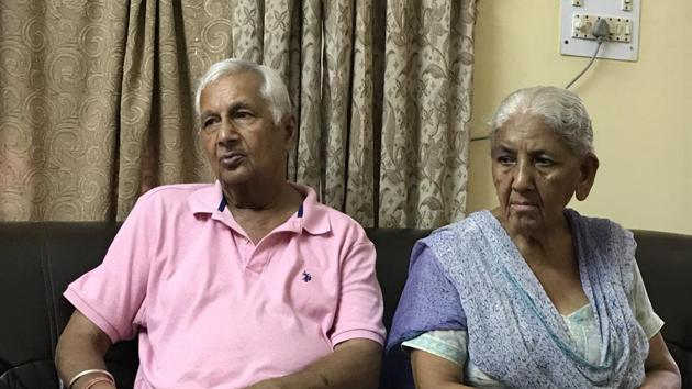 The victim, Krishna Sharma, with her husband RC Sharma at their Sector 12A house in Panchkula.(HT photo)