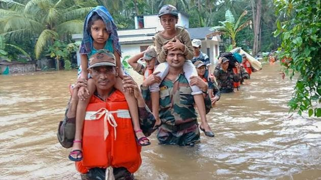 With some people returning home as flood waters recede but lakhs still in relief camps, the Kerala government is now taking up the task of cleaning up after the worst disaster in the state in a century, and rehabilitating the affected.(PTI File Photo)