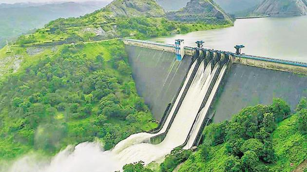A view of the Idukki Dam as water level rose in the reservoir in Kerala on August 10.(PTI file photo)