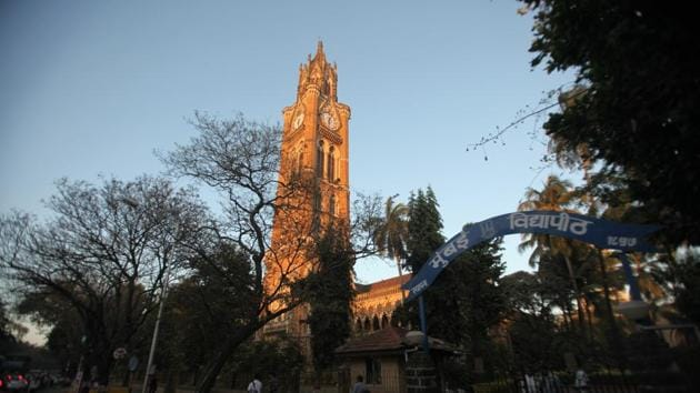 The University of Mumbai (MU) has failed to deposit the provident fund (PF) deducted from salaries of its contractual employees between April 2009 and December 2016 in their accounts.(Hemant Padalkar/HT)