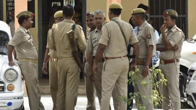 Police have informed Yunus Khan's family that they had exhumed his body and sent it for post mortem.(Virendra Singh Gosain/HT File Photo)