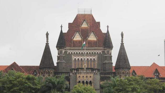 The Bombay high court refused bail to Mohammed Farooq Mohammed Hanif Shaikh, the purported kingpin who laundered more than Rs 2,200 crore in foreign remittances scam.(Bhushan Koyande/HT PHOTO)