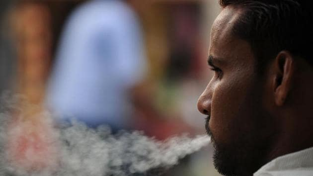 The Cigarettes and Other Tobacco Products Act(COTPA) stipulates a fine of Rs 200 for smoking in public places.(Parveen Kumar / HT File Photo)