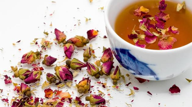 Floral teas pack in the benefits of flowers and can relieve stress, boost immunity, and even alleviate menstrual cramps.(Unsplash)