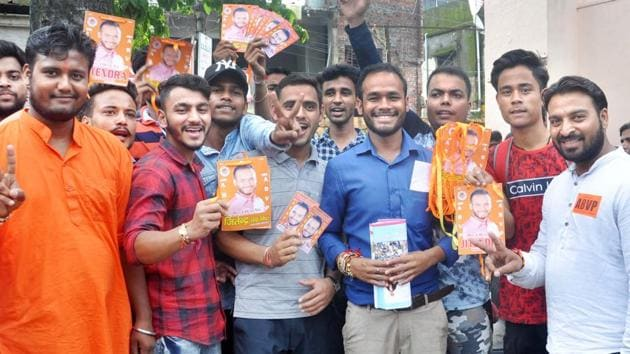 There are 101 government colleges, 50 degree colleges and five universities in Uttarakhand where the students' union elections will be held on the same date this year.(HT Photo)