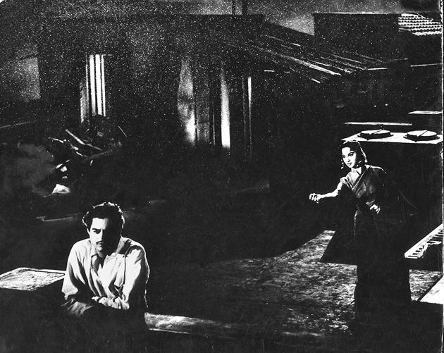 Songs tied up with the nation's identity: Guru Dutt and Waheeda Rehman in Pyaasa.(HT Photo)
