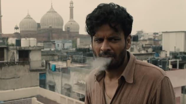 Gali Guleiyan movie review: Manoj Bajpayee stars in this psychological thriller, set in Old Delhi.