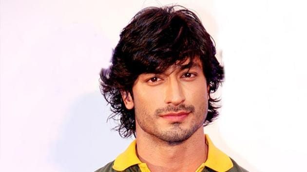Vidyut Jammwal says being vegan helps him keep fit and he loves the way he feels. (Instagram)