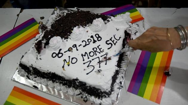 LGBTQ or not, Mumbaiites joined The Humsafar Trust on Thursday to celebrate and make Section 377 history.(Satyabrata Tripathy/HT Photo)