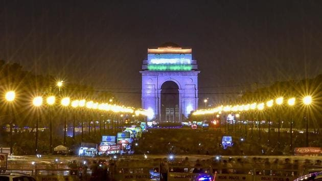 A view of illuminated India Gate in New Delhi.(PTI File Photo)