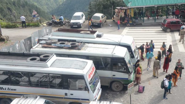 Around 3,500 private buses went off-road on Monday as the bus operators demand a fare hike by at least ₹5 to ₹10.(HT PHOTO)