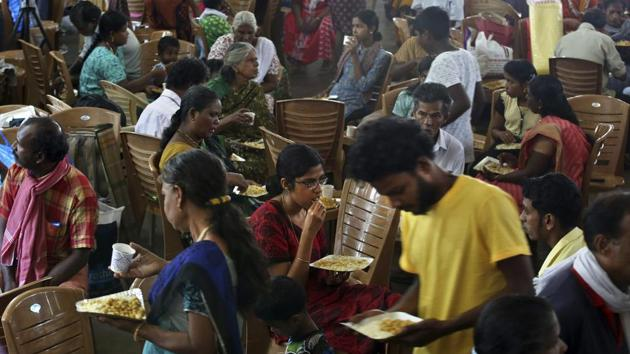 At the height of the Kerala floods, there were 14.50 lakh people in over 3,000 relief camps.(AP)