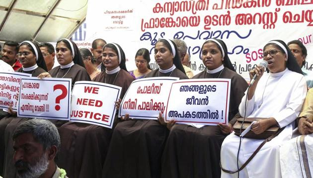 Nuns protest against the delay in action against Roman Catholic Church Bishop alleged accused of sexually exploiting a nun in Kochi, on September 8, 2018.(PTI)