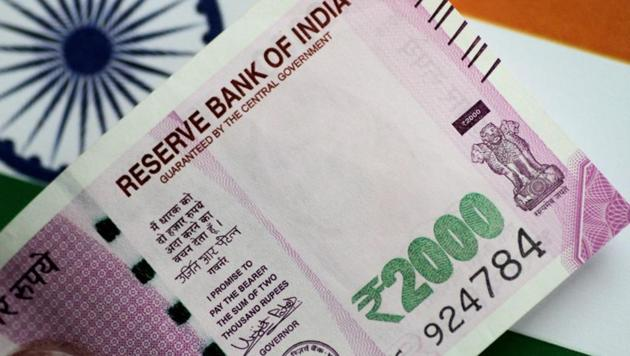 Any policy response other than the RBI's intervention, will depend upon the strength of the sell-off in key emerging markets and contagion risk, currency dealers said.(Reuters File Photo)