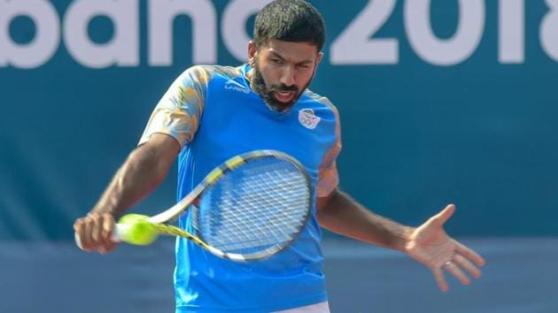 Rohan Bopanna and Saketh Myneni lost the do-or-die doubles rubber against Serbia.(PTI)